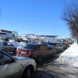 Автомобилисты, оппозиция  и общественность выступают  за ужесточение контроля  над ремонтом городских дорог