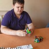 Юный шосткинский  спидкубер оставил позади чемпиона России