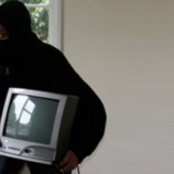 Соседка помогла предотвратить кражу из квартиры пенсионера